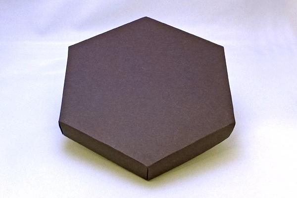 六角パッケージデザイン